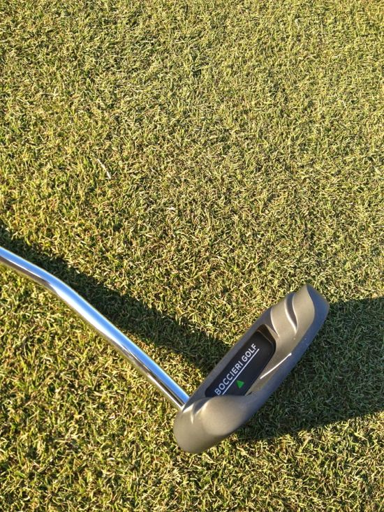 Boccieri Golf P3 M Belly Putter On The Green