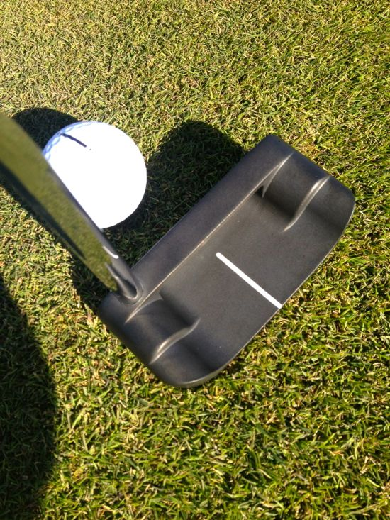 Boccieri Golf P3 M Belly Putter Rolling Putts